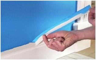 Покраска стен с помощью малярной клейкой ленты